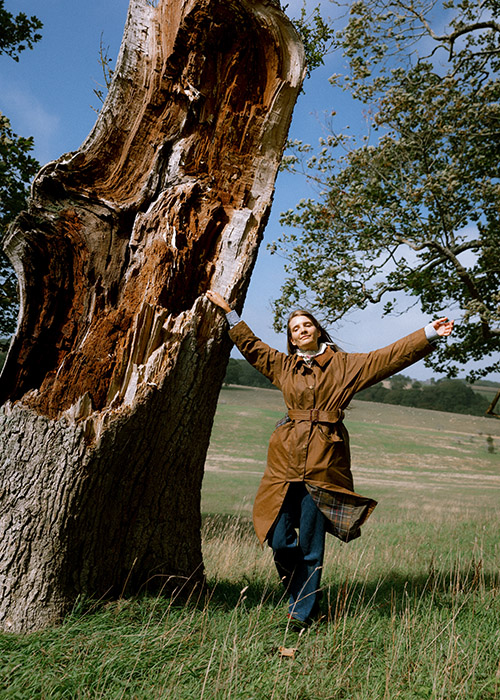 Fee Greening styles the Barbour By ALEXACHUNG Trudie waxed jacket